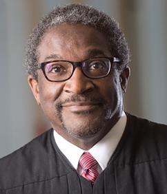Judge Solomon Oliver Jr. '72